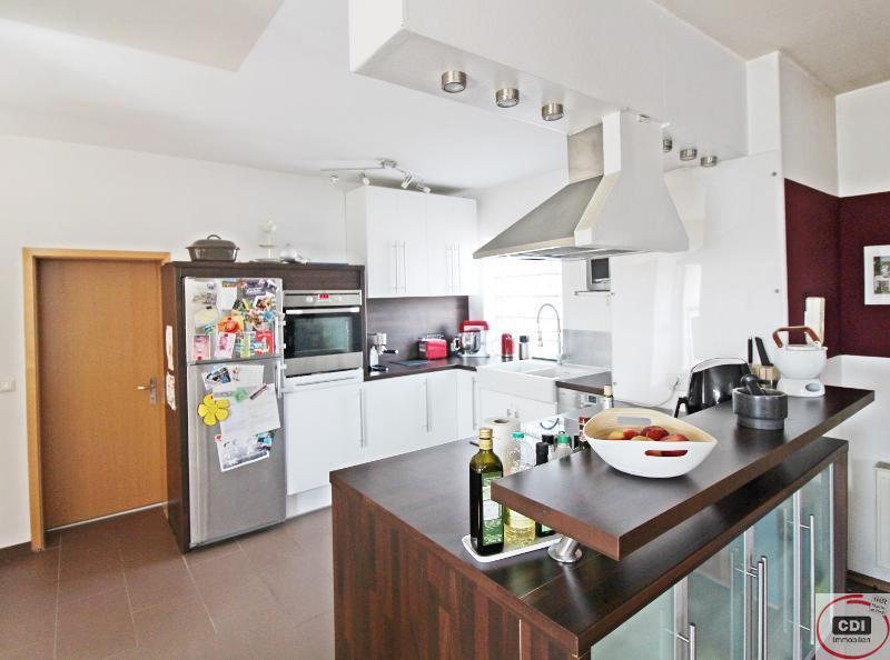 Gehobene 6-Zimmerwohnung mit zwei Bädern in Maisonettebauweise und Dachterrasse in Hähnlein