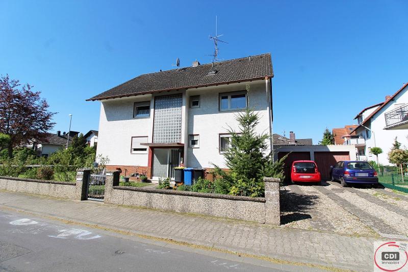 Gepflegtes Zweifamilienhaus mit zusätzlich ausgebauter Dachwohnung in ruhiger zentraler Lage von Büttelborn