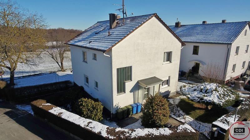 Großzügiges Zweifamilienhaus mit zwei abgeschlossenen 3-Zimmerwohnungen im Grünen von Ober-Ramstadt/ Rohrbach